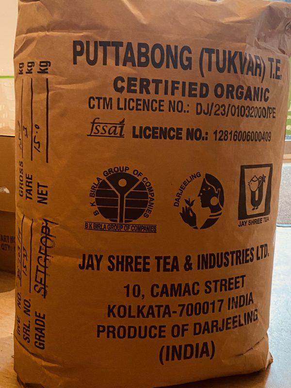 Darjeeling Puttabong first Flush in Rohverpackung